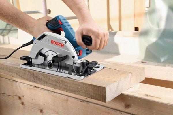 Ръчен циркуляр Bosch GKS 55+ GCE + FSN 1600