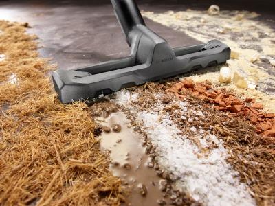 Прахосмукачка за мокро и сухо почистване Bosch UniversalVac 15